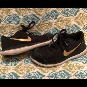 Nike Shoes - Kids Nike shoes